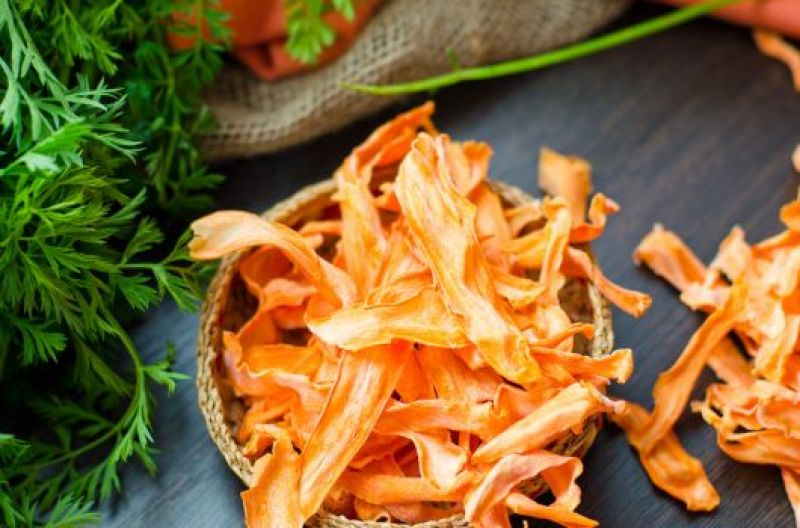 Air-Fried Carrot Crisps