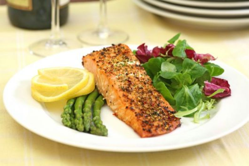 Pepper Crusted Baked Salmon