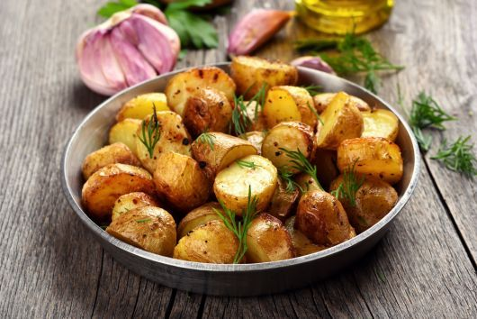 Air Fryer Garlic Baby Potatoes with Herbs