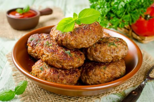 Air-Fried Beef and Bulgur Patties
