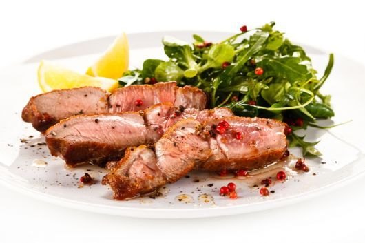 Air-Fried Tenderloin Steaks with Peppercorns
