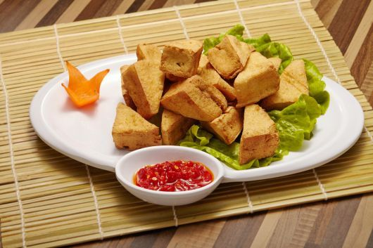Air-Fried Tofu Bites with Chili Sauce