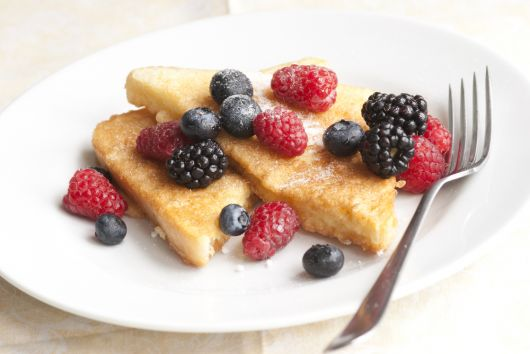 French Toasts with Fresh Berries