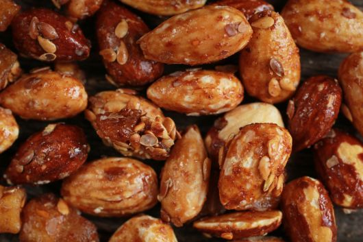 Honey Roasted Almonds with Sesame